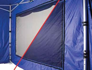 Die Wand mit Netzfenster bringt Luft in den Faltpavillon. Wenn es regnet, wird die Wand einfach verschlossen.
